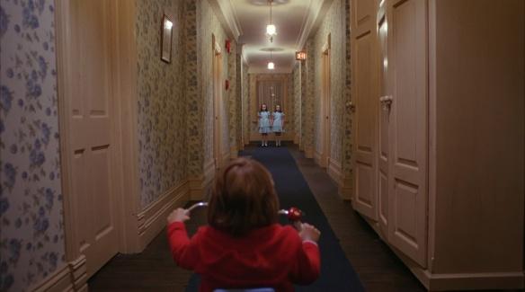 The.Shining.US.Cut.1980.BluRay..1080p.DTS-HDMA.5.1.x264.dxva-FraMeSToR.mkv_snapshot_00.49.42_[2012.02.11_00.45.15]