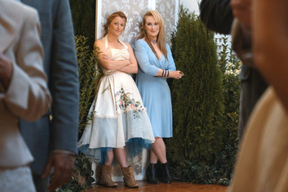 Ricki-and-the-Flash-9-Mamie-Gummer-and-Meryl-Streep1